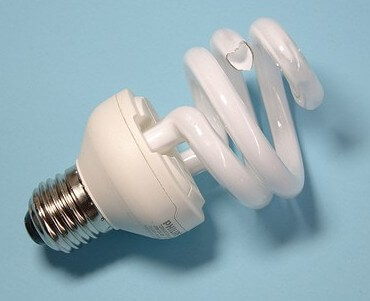 14 Steps to Properly Clean Up a Broken CFL