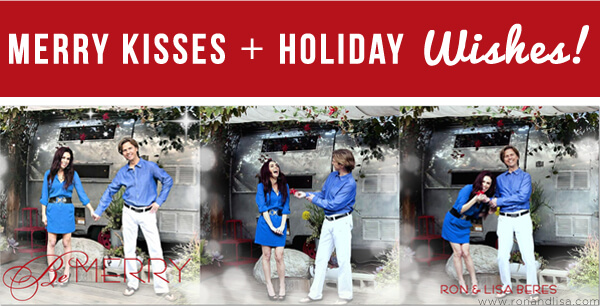 Merry Kisses + Holiday Wishes!