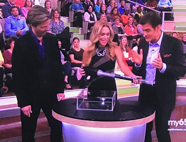 Ron & Lisa show BugZooka on Dr. Oz